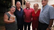 Escritor Cesar Crispim, Terezinha Miguita, Orlando Greff, Maria Helena e Munir Hajj