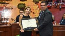 Diploma de Honra ao Mérito ao Dra. Maristela de Castro Menezes