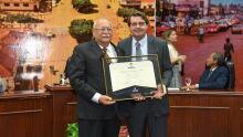 Diploma de Honra ao Mérito ao Dr. Rubens Di Dio