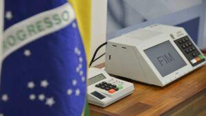 Bolsonaro mantém 28% e segue na liderança; Haddad vai a 22%, diz Ibope
