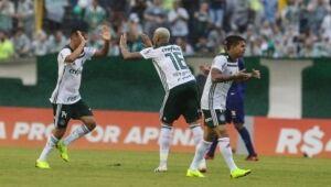 Palmeiras empata, mas mantém vantagem no Brasileirão