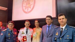 Comandante dos Bombeiros de Dourados é homenageado