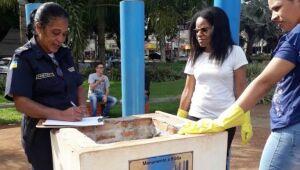 Após denúncia, CCZ elimina focos do mosquito causador da dengue na praça