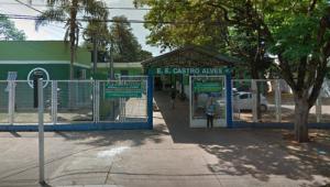 Escola convoca pais e alunos para não 'perderem' ano letivo