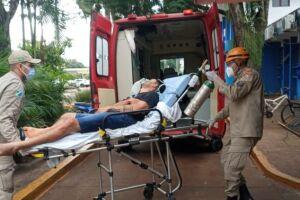 Jovem é esfaqueado e levado ao Hospital da Vida em estado grave