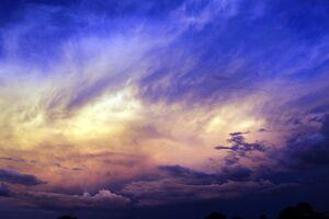 Final de semana será de tempo nublado com pancadas de chuva