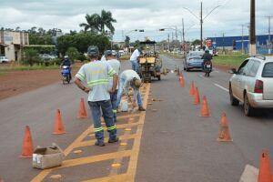 Agetran instala nova sinalização em via que dá acesso à UPA