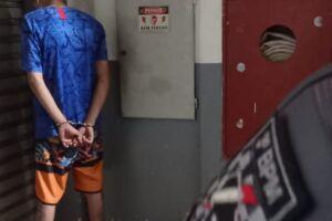 Homem flagrado furtando roupas no shopping é preso pela PM