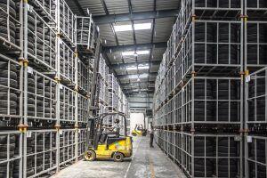 Produção industrial cai 2,4% em março