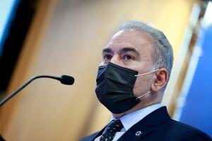 Ministro da Saúde, Marcelo Queiroga, testa positivo para a Covid-19