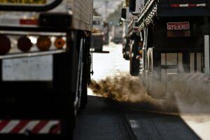 ONU alerta sobre riscos de extração de combustíveis fósseis até 2030