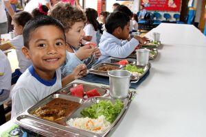 Hoje (21) é comemorado o Dia Nacional da Alimentação na Escola