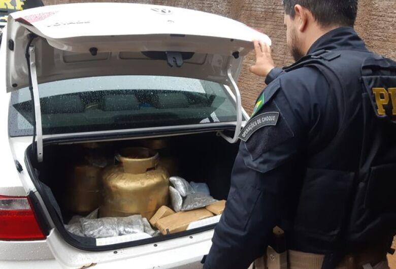 PRF apreende 18 Kg de maconha escondidos em botijões de gás em Campo Grande