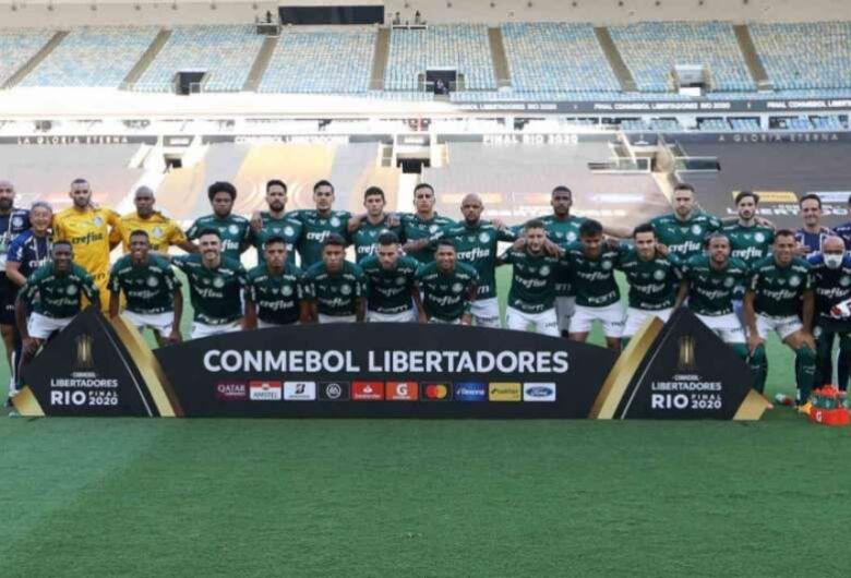 Palmeiras ganha do Santos no Maracanã e é bicampeão da Libertadores