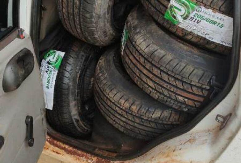 Motorista é abordado em Sanga Puitã com 70 pneus estrangeiros que traria para Dourados