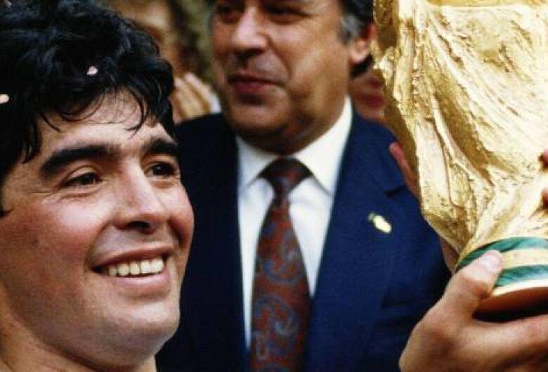 Disputa entre herdeiros faz Federação Argentina mudar o nome da Copa Diego Maradona