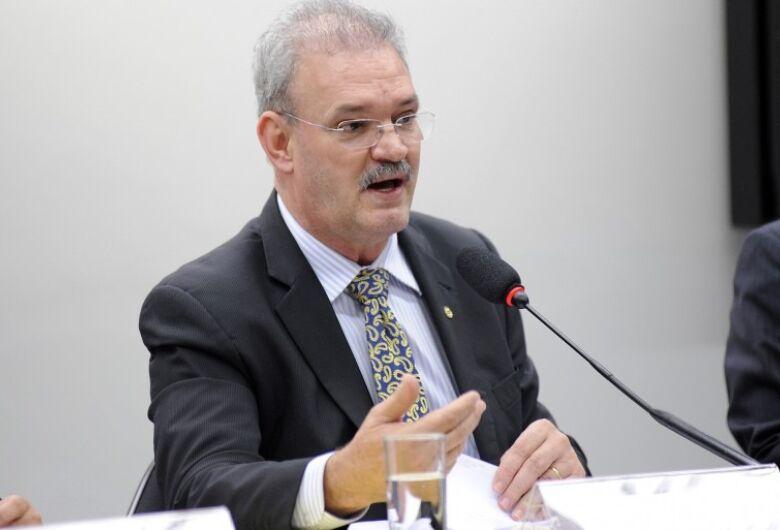 Plano de Cargos e Carreiras valoriza servidores da saúde, diz secretário