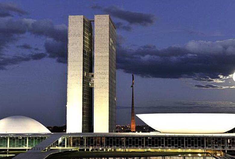 """""""Aprovação de reformas estruturais é o principal desafio do Congresso Nacional"""", afirma presidente da CNI"""