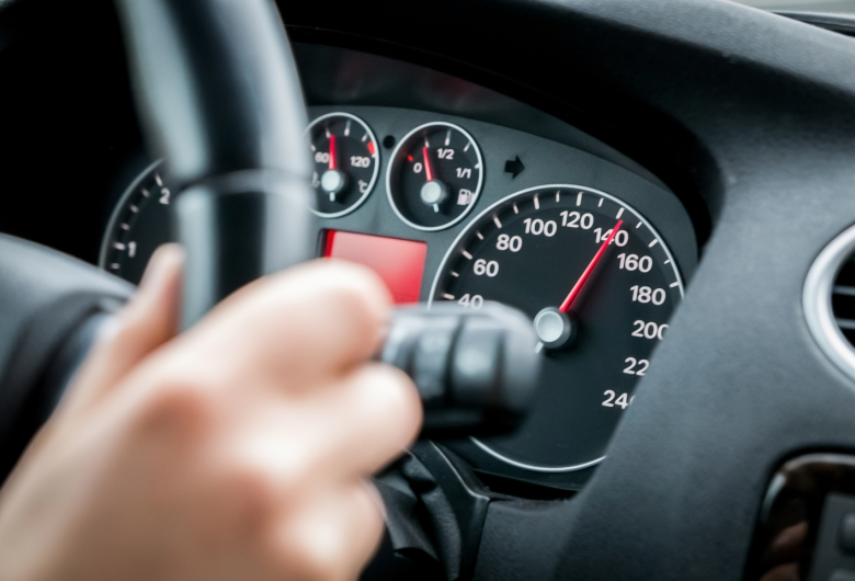 CNH suspensa: o que acontece se o condutor não entregar o documento e continuar dirigindo?
