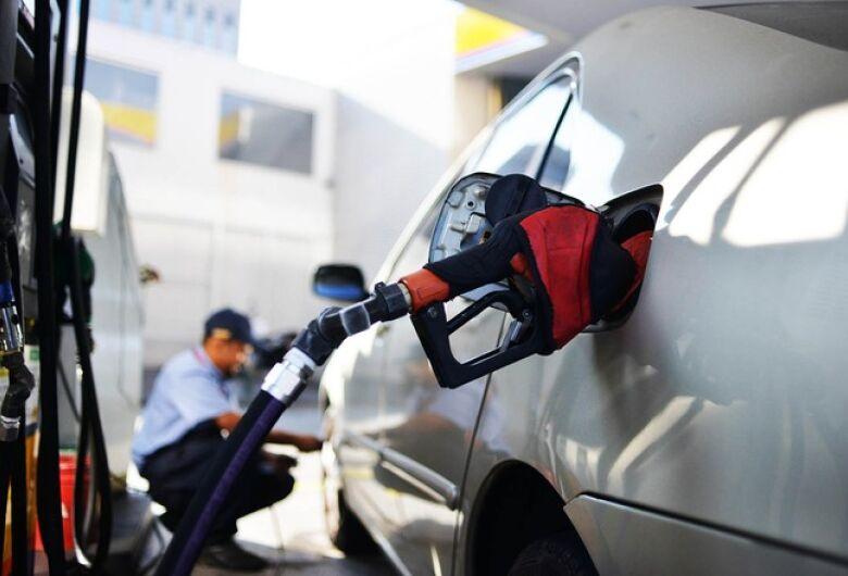 Diferença entre menor e maior preço da gasolina em Dourados chega a 10,55%
