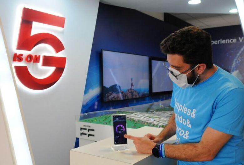 Parlamentares debatem edital da internet 5G com conselheiro da Anatel