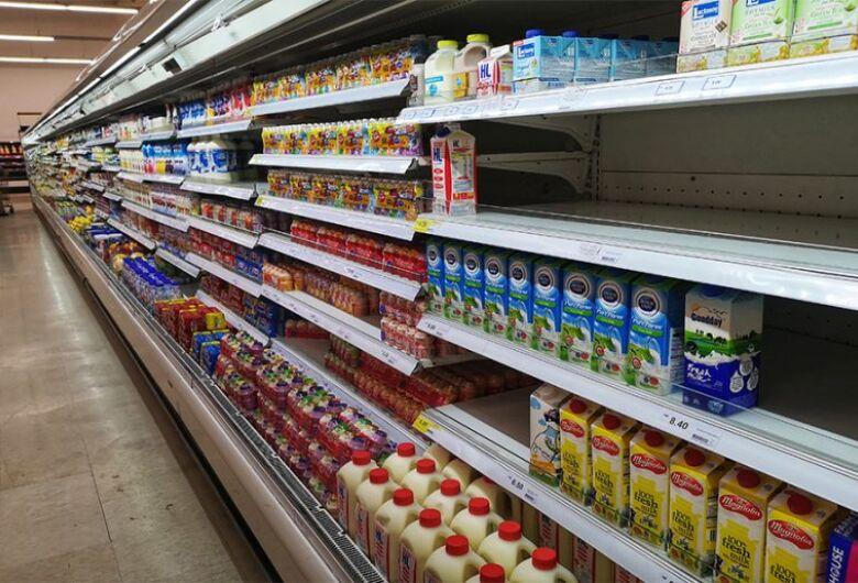 Fim do auxílio emergencial afeta mercado de lácteos