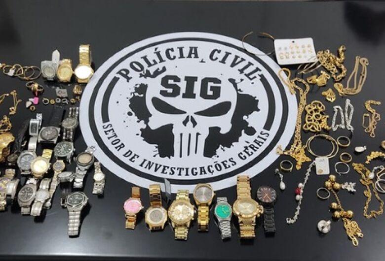 SIG desarticula quadrilha de venda de drogas e receptação de produtos furtados