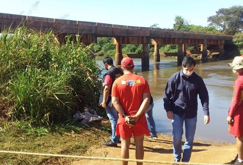 Menina de 10 anos morre afogada no Rio Dourados
