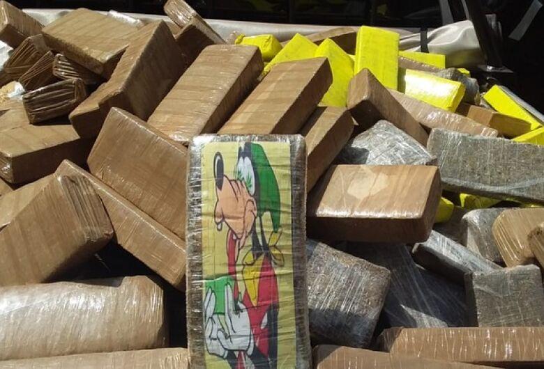 Defron 'estoura' depósito de drogas em Dourados; morador é preso