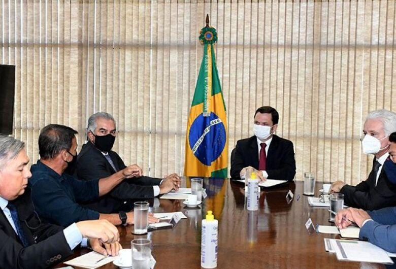 Reinaldo Azambuja busca mais investimentos para segurança pública