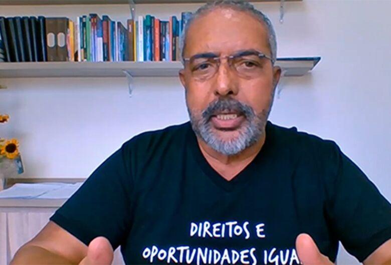 Paulo Paim critica cortes no Orçamento de 2021, em plena pandemia