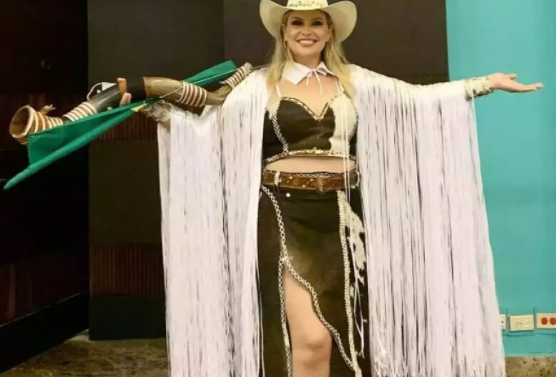 Sul-mato-grossense é eleita Miss Universo Plus Size