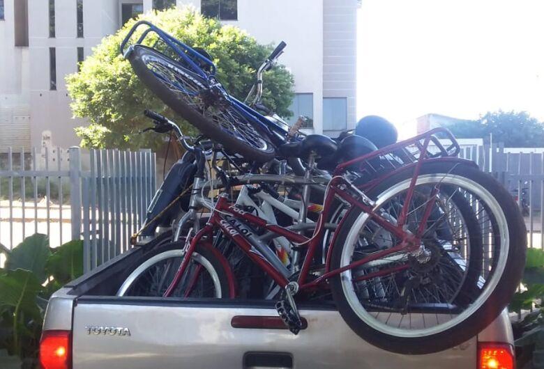 Mulher é presa com várias bicicletas sem procedência