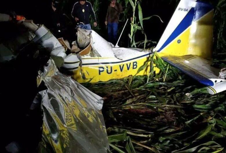 Duas pessoas morrem em queda de avião em São Gabriel do Oeste