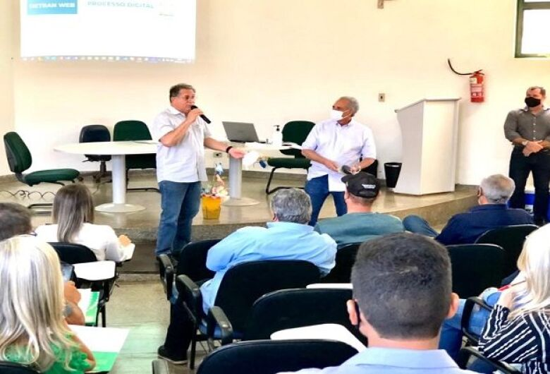 Presidente do Detran-MS realiza visita técnica em Dourados e fala sobre implantar Central de Exames
