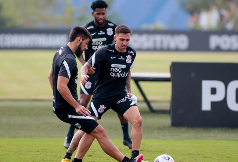 Em meio a maratona, Corinthians decide futuro na Copa Sul-Americana