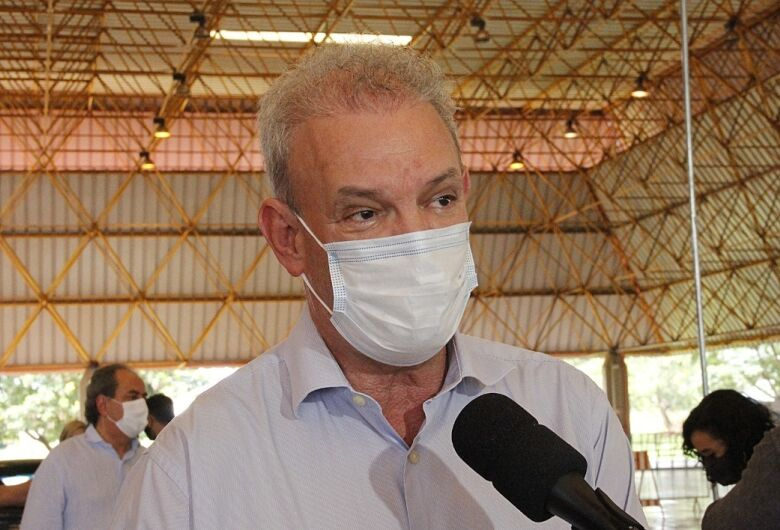 Secretário diz que até agosto população de MS estará vacinada