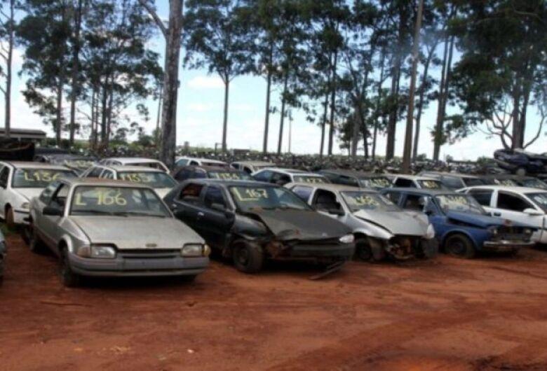 Detran-MS realiza leilão com veículos para sucata aproveitável
