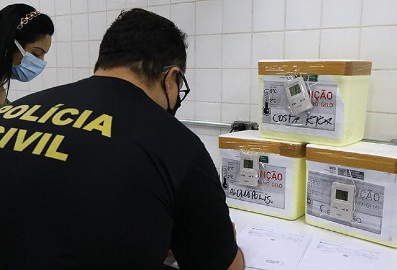 SES prepara distribuição das 70.160 doses de vacina contra a covid-19 em MS