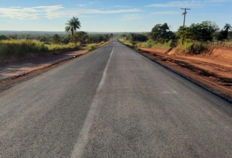 Com obra 40% concluída, pavimentação entre distritos de Coxim é realização de sonho antigo de moradores