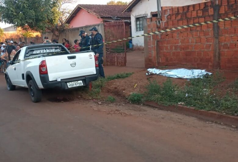 Menino morre atropelado e motorista foge do local