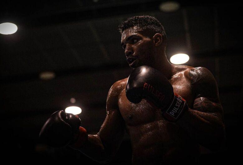 Tóquio: Abner Teixeira vence e avança às quartas de final no boxe