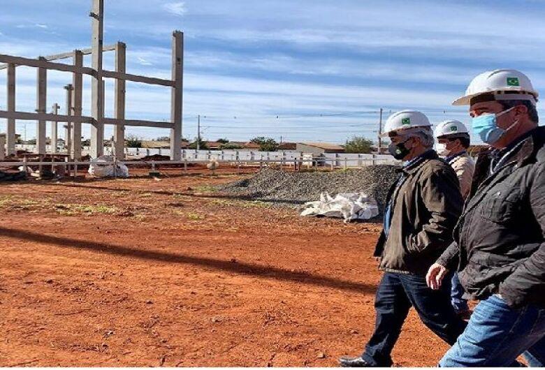 Secretário Riedel visita importantes obras de Infraestrutura e entregas em Maracaju e Coxim