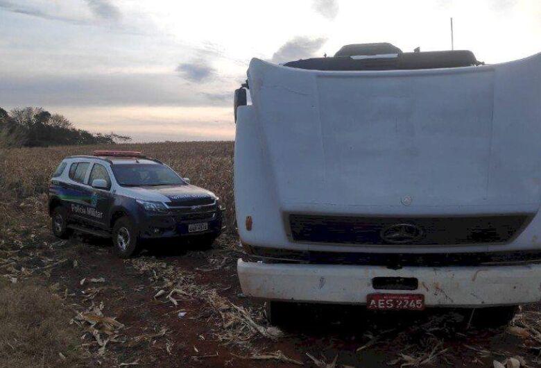 Caminhão furtado em Sidrolandia é recuperado pela PM em Itaporã