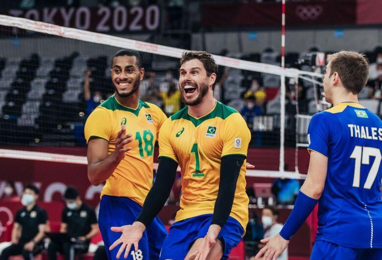 Seleção masculina supera Japão e pega Comitê Russo na semi
