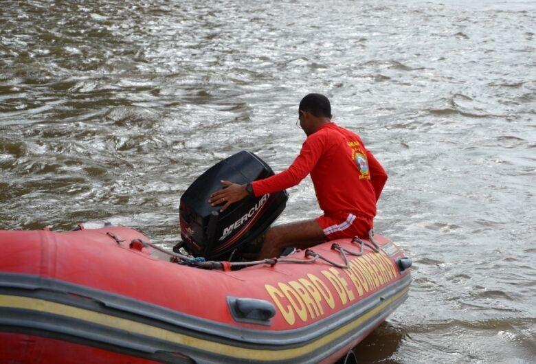 Adolescente morre afogado em lagoa próxima a condomínio de Vila Vargas