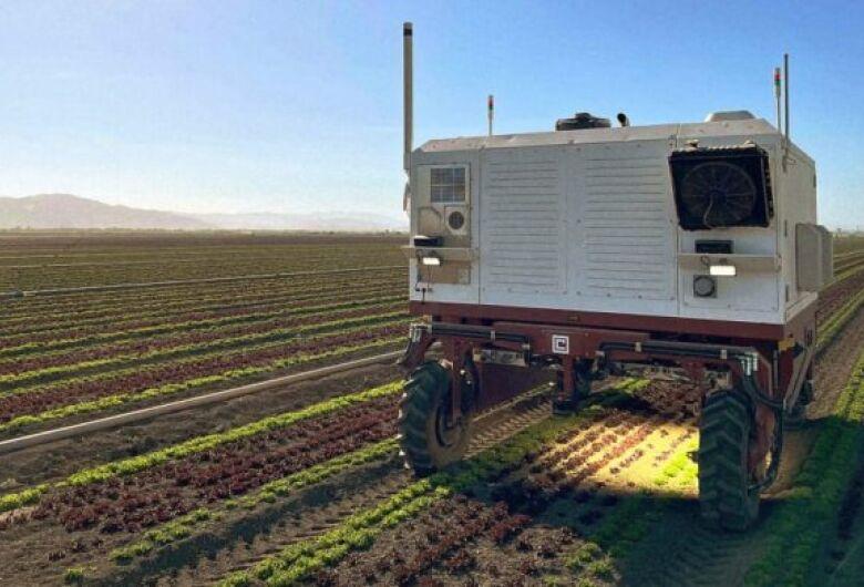 "Robô substitui agrotóxicos por laser para remover ""ervas daninhas"""