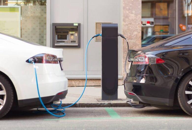 Projeto quer implementar incentivo ao uso de carros elétricos e híbridos em MS