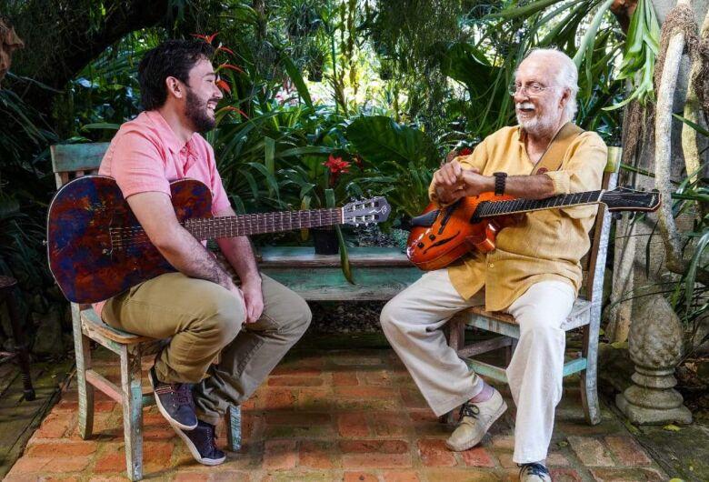 Músico de Caarapó consolida parceria com mestre da Bossa Nova