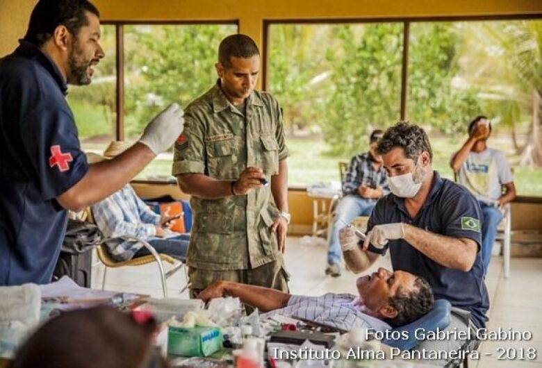 Médicos brasileiros vão percorrer mais de mil quilômetros levando assistência às comunidades do Pantanal